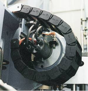 Energy Chain® cable carrier in a rotary application